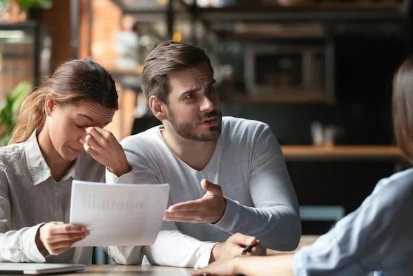 16 توصیه برای تمامل با مشتری عصبانی یا بدقلق
